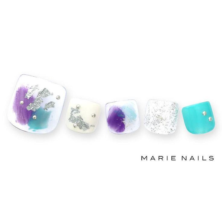 #マリーネイルズ #marienails #ネイルデザイン #かわいい #ネイル #kawaii #kyoto #ジェルネイル#trend #nail #toocute #pretty #nails #ファッション #naildesign #ネイルサロン #beautiful #nailart #tokyo #fashion #ootd #nailist #ネイリスト #ショートネイル #gelnails #instanails #newnail #blue #silver #pedicure