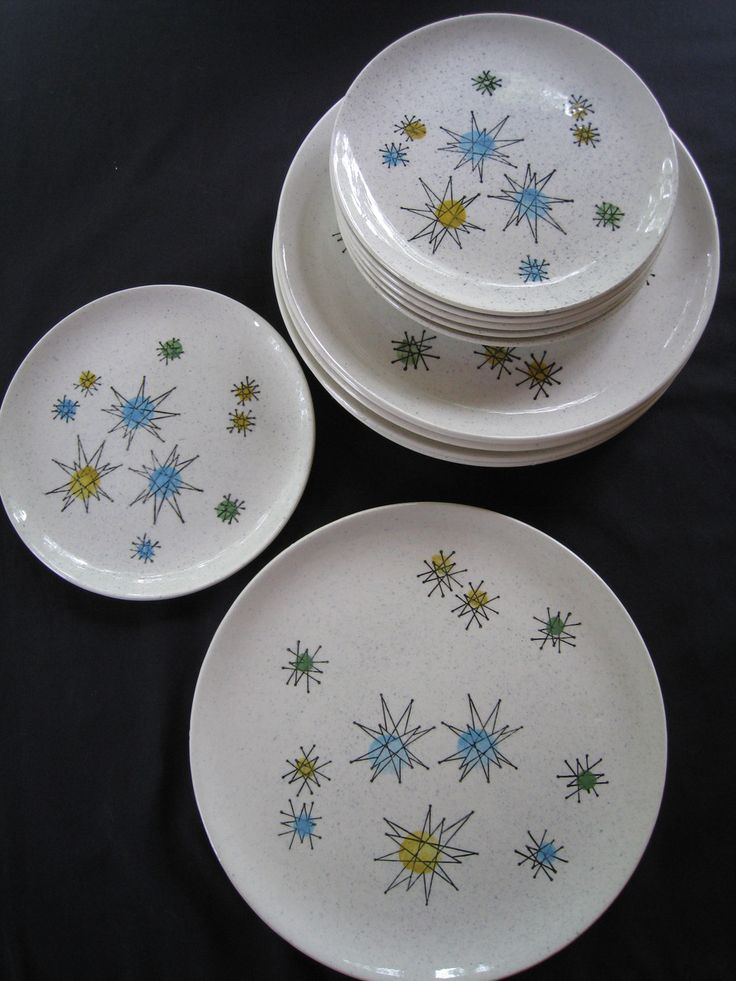 Vintage Franciscan Starburst Dinnerware Dishes - I need these!