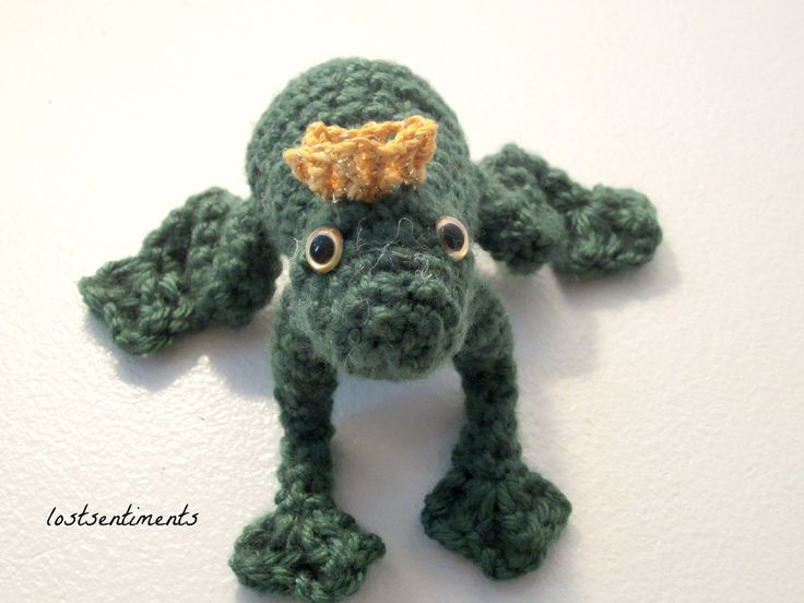 Kawaii Frog Amigurumi : 57 best images about Frogs on Pinterest Free pattern ...