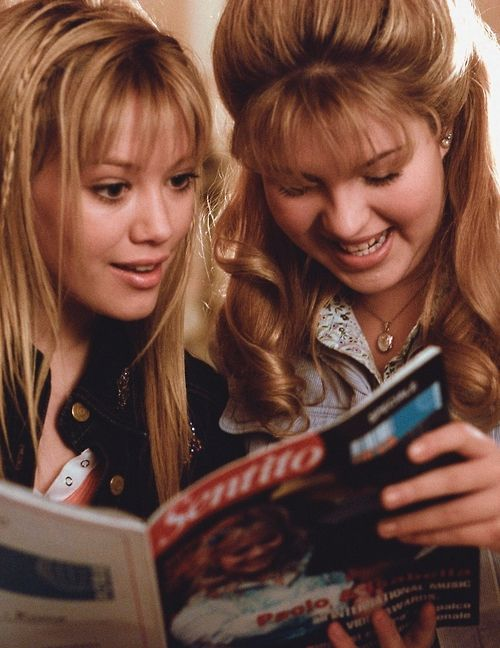 """Lizzie McGuire & Kate actually get along for awhile in """"The Lizzie McGuire Movie""""."""