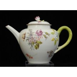 Red Anchor Teapot C1755