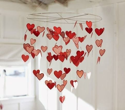 Many Cute Craft Ideas Here For Valentineu0027s Day. Love This DIY Hanging  Hearts Mobile.