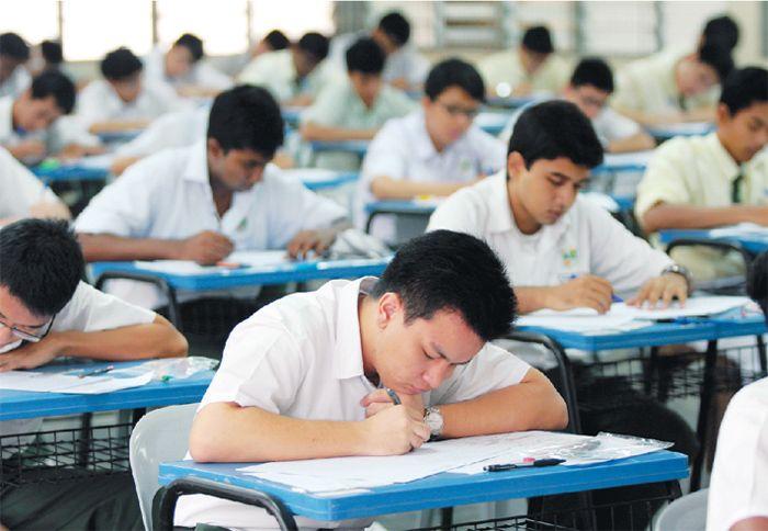 YPM bantu pelajar susah tunai impian ke IPTS   Bantuan awal itu terbuka kepada lepasan PT3 SPM dan diploma pada 2015 hingga 2017 dengan memperoleh sekurang-kurangnya tiga kredit serta PNGK 2.0 dan ke atas. CYBERJAYA 26 Sept  Yayasan Pendidikan Malaysia (YPM) menawarkan bantuan awalan sehingga RM5000 kepada pelajar daripada keluarga dalam golongan isi rumah berpendapatan 40 peratus terendah (B40) melanjutkan pengajian ke peringkat diploma dan ijazah di institusi pengajian tinggi swasta (IPTS)…