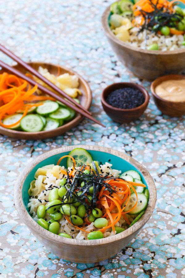 Spicy Veggie Sushi Bowls with Brown Rice and Spicy Mayo Sauce from @loveandoliveoil