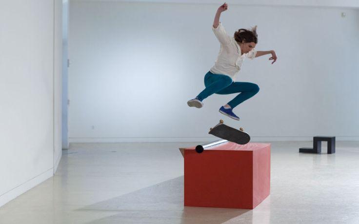 shaun-gladwell-skateboard-vs-minimalism