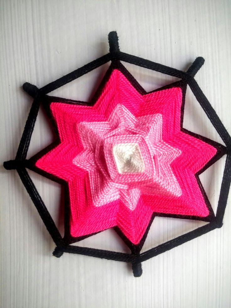 Ojo de dios (mandala rosa)
