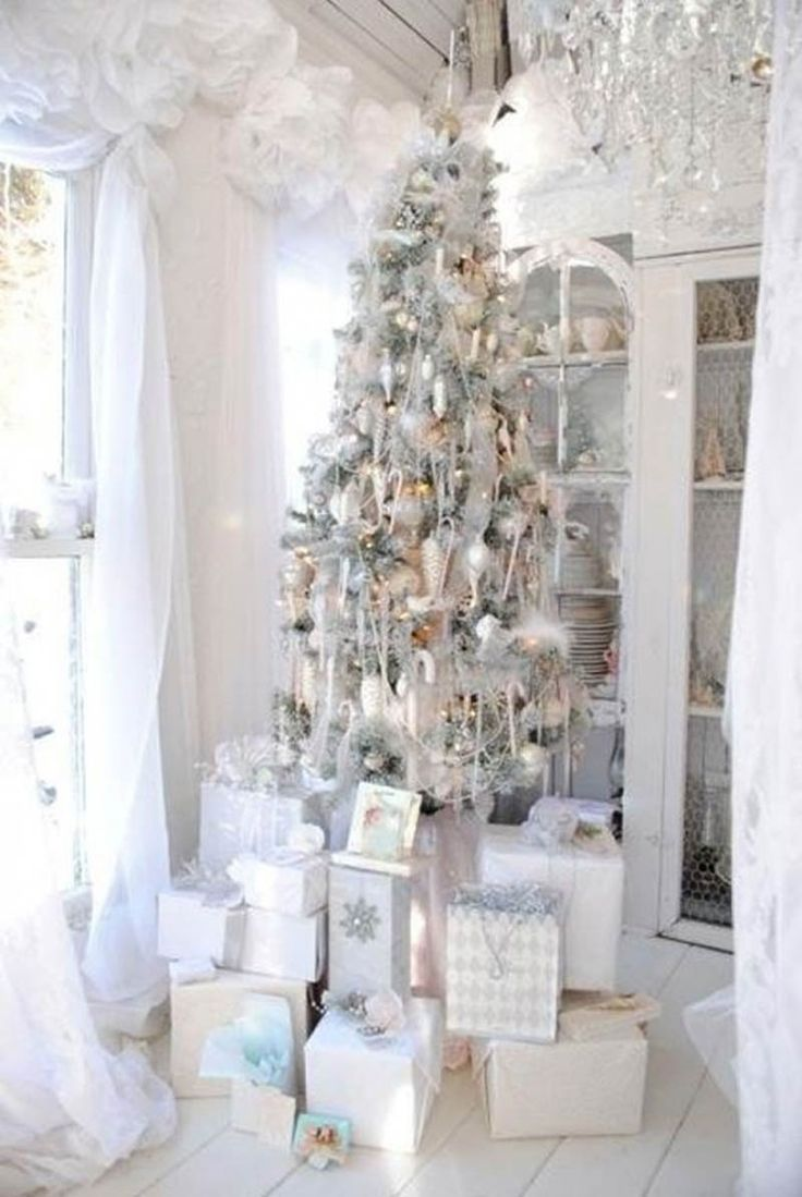 Silver and white christmas table decorations - White Christmas Decorations White And Silver Christmas Trees Decorations Ideas Wonderful White