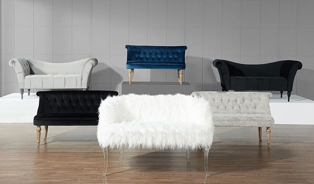 2018 Is already being called The Year of The Settee in design circles, and it's easy to see why... No wonder we love to supply furniture stores in your area with the most gorgeous settees on the market!   http://worldwidehomefurnishingsinc.com/catalogsearch/result/?q=settee