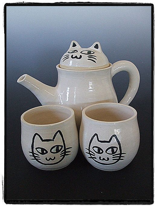White Cute Cat Teapot and Teacup Set-Tea Set for Two. MSR Pottery by Misunrie