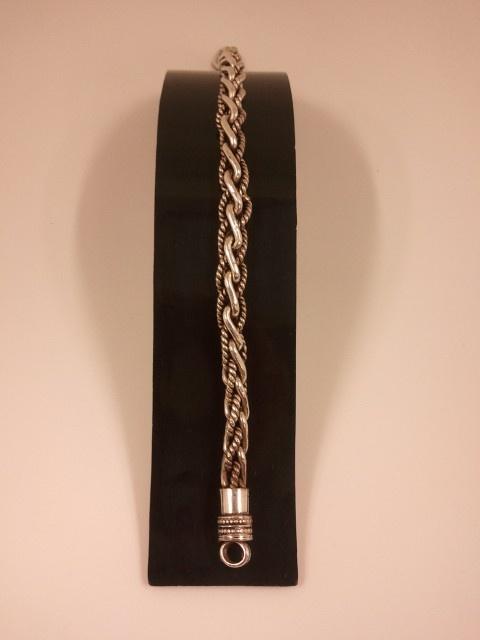 Pulsera cordón trenzado indio  antes: 158€ Ahora: 134.3€
