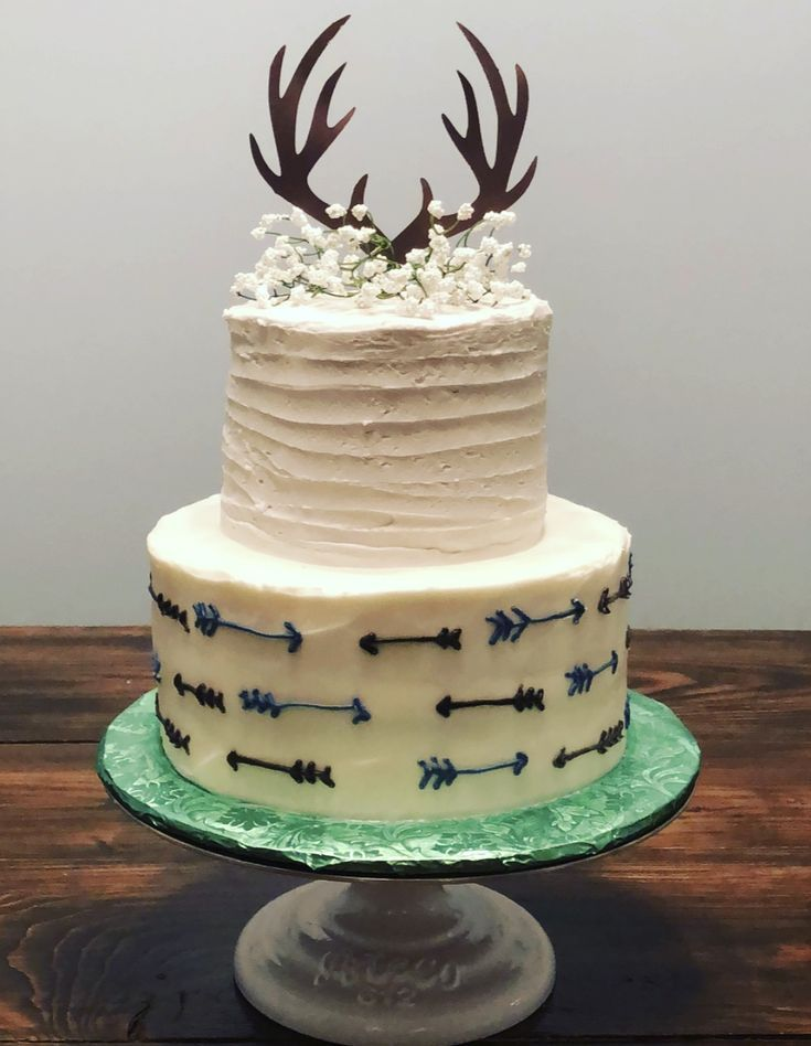 Buck And Arrows Baby Shower Cake