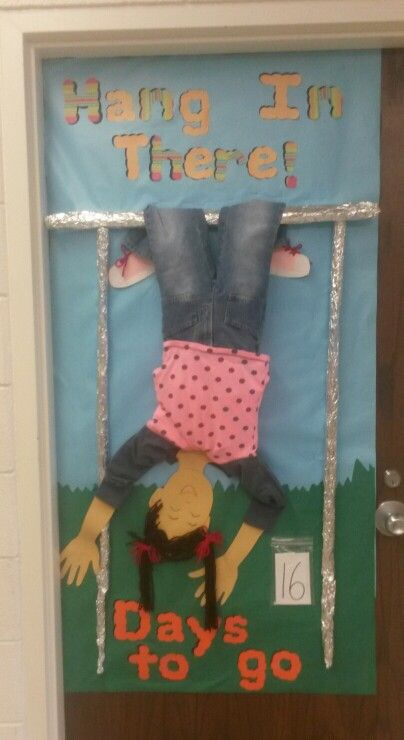 Awesome door decoration for last days of school.  We got the idea from pinterest and they made it 3D! Super cute! By: Peggy, Cara and Kristi:)