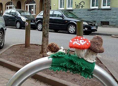 Yarn Bomb: yes it is real. Yes, it IS awesome.