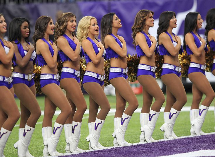 Cheerleader strip games