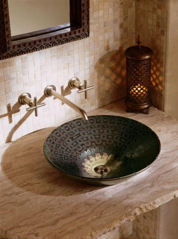 Vasque marocaine. http://www.m-habitat.fr/installations-sanitaires/lavabos-et-vasques/les-vasques-a-poser-655_A