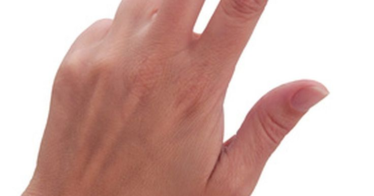 Como usar o estimulador de próstata. A próstata, um órgão pequeno em forma de noz que secreta fluidos durante a ejaculação, pode ser propensa a problemas de saúde devido a qualquer processo normal de envelhecimento ou irritação. A estimulação da próstata (também conhecida como massagem de próstata) pode ser útil no alívio de dores ou na liberação de fluidos de uma próstata inchada. ...