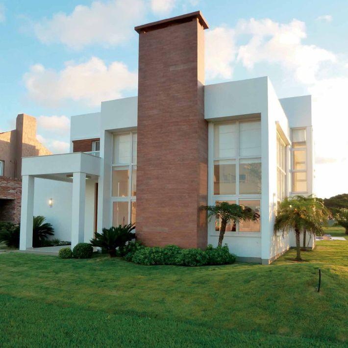 Fachada casa portobello ceramica fachadas de sobrados for Fachadas de ceramica