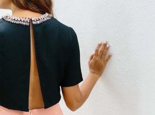 Resultado de imagen para blusas con escote en la espalda