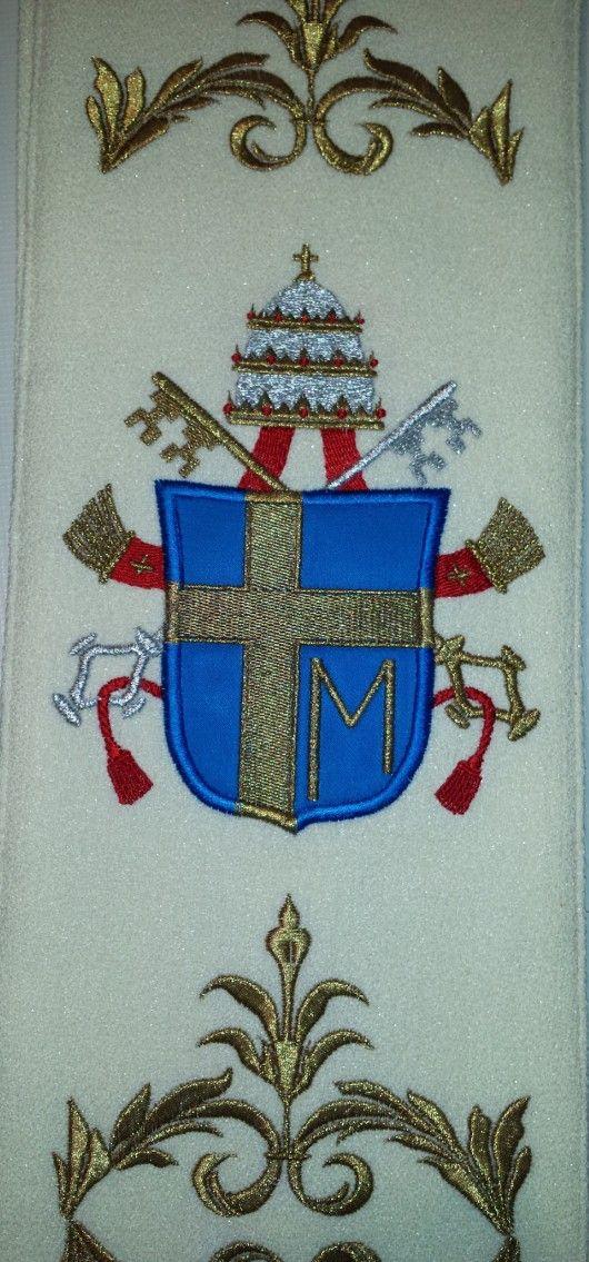 JPII haftowany herb papieski
