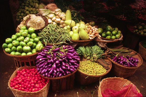 Google Image Result for http://www.drokpa.com/Favorites/Mandalay,-Myanmar---Market.jpg
