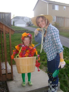 Flower pot costume with gardener, couple halloween costume, family costume