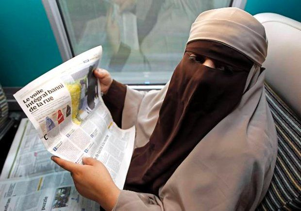 Il velo nel Corano. Nessun obbligo di portarlo