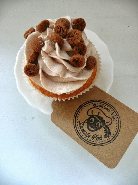 De Verleidelijke Tafel: Sinterklaas Cupcakes met speculaascrème