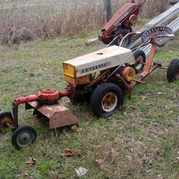 C10 A Gravely Tractor With Tiller Attachment Gardentiller With