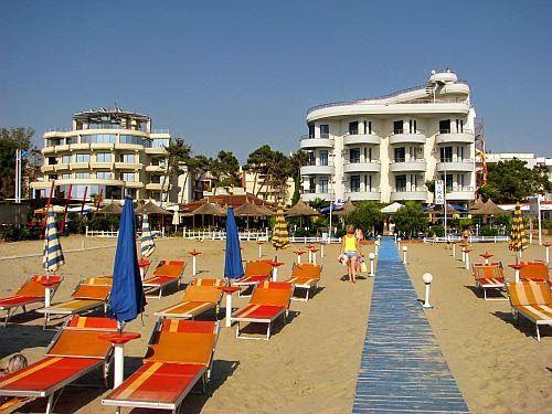 Albania. O podróżach i nie tylko...: Plaże. Durrës, Golem, Saranda