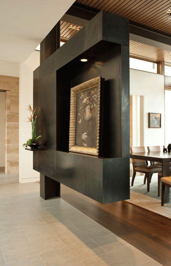 PARED CON ESTILO! Los espacios integrados se pueden dividir con un mueble empotrado a alguna columna o al centro de una pared, es una idea novedosa, que te dará una nueva visión de tus espacios! #saladeestar #livingroom #madera #wood #pared #wall #moderno #modern #ideaspuertasyventanas #elgranconstructor  VER http://elgranconstructor.com/