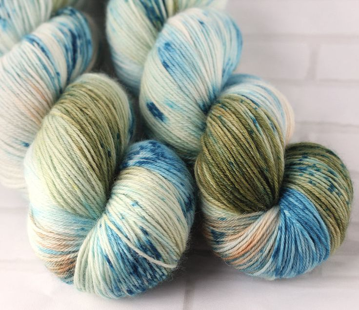 Ohope Beach - MCN Sock Yarn - Hand Dyed Speckled Yarn - Merino Cashmere Yarn -Fingering Hand Dyed Yarn -MCN Sock Yarn - Variegated 4ply Yarn by ClementineAndThread on Etsy