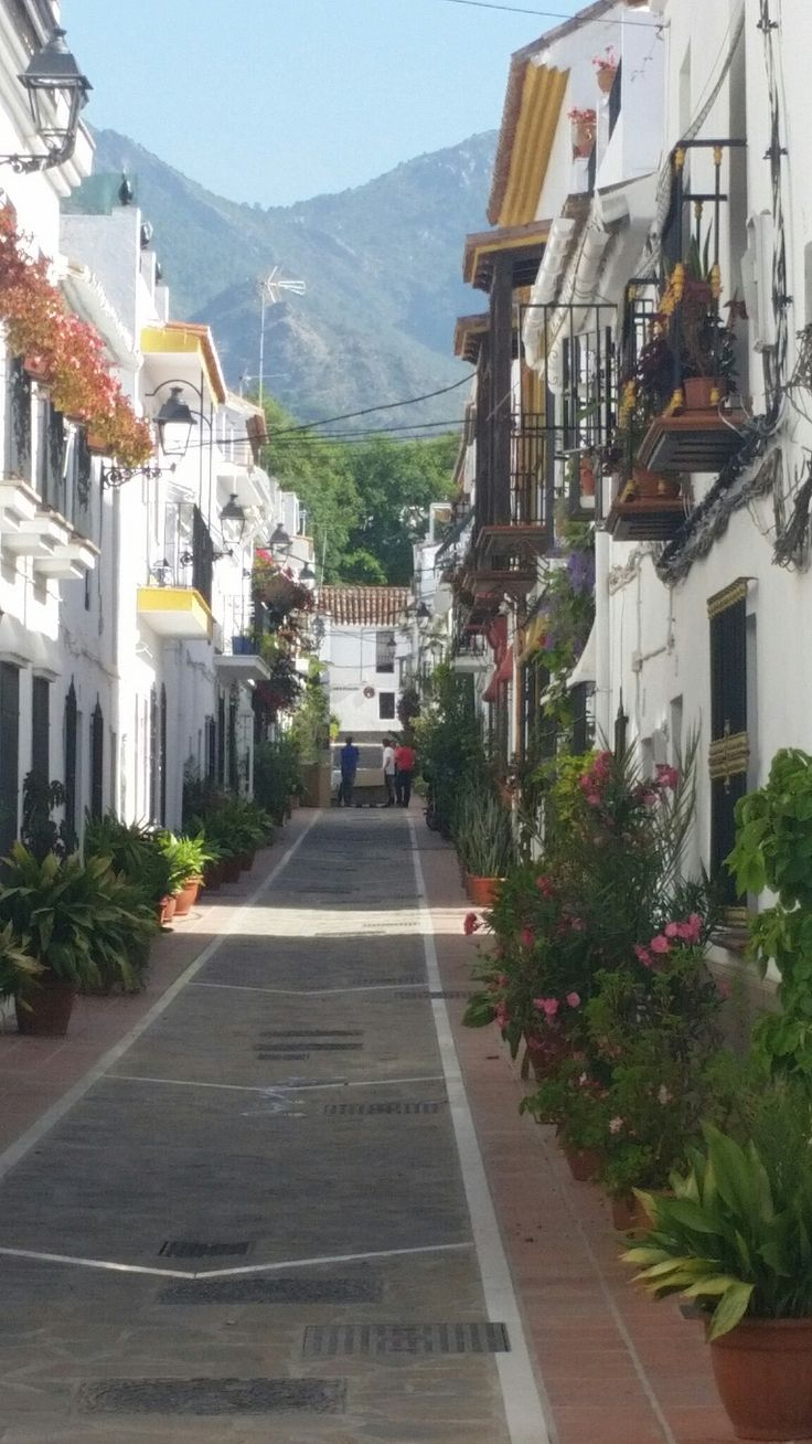 Beautiful place... Marbella Old Town 😙