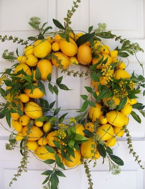The French Tangerine: ~ tangerine holiday wreaths