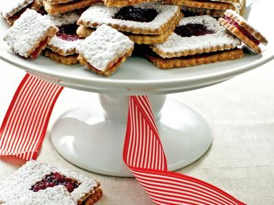Cranberry Orange Linzer Cookies Recipe