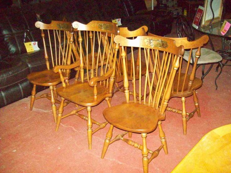 Ethan Allen Windsor dining chairs 19375 $125