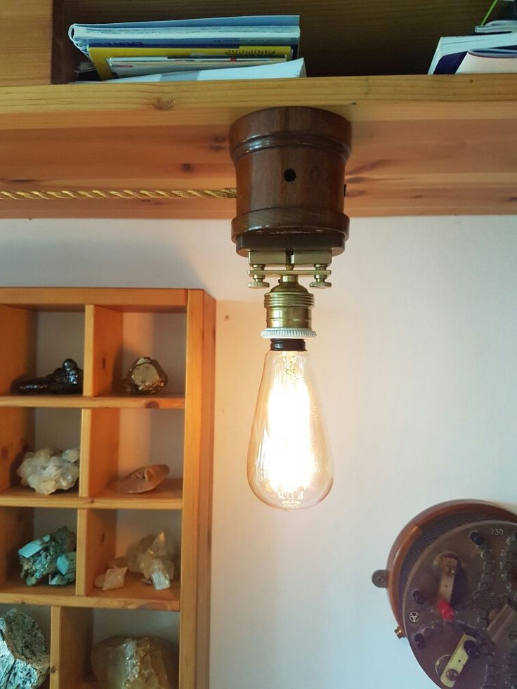 Pair of bookshelf lamp, retro LED, dimmable, 1 Ohms reference resitor in wooden case, home design@made
