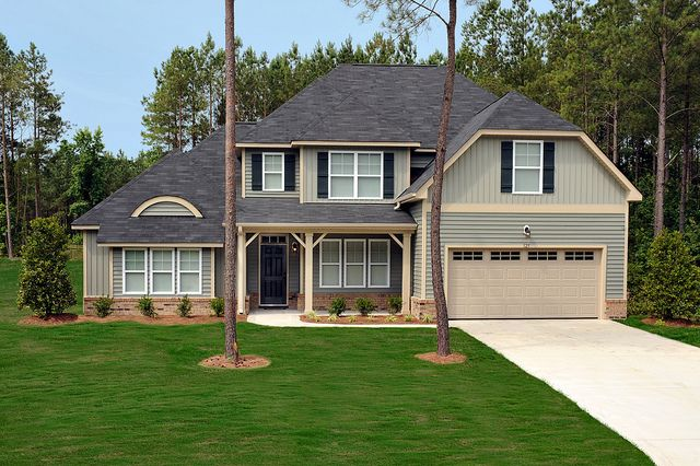 Scottish Thistle Siding With Tan Trim Siding Colors