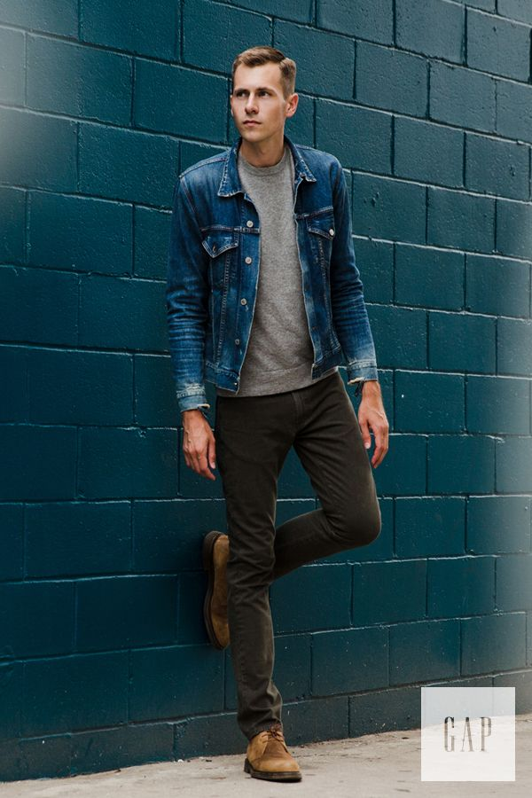 A minimal-yet-layered style approach starting with 1969 Denim. Dress up your man with classic denim jacket from GAP. #Denim #GAP #DenimJacket #DressYourMan