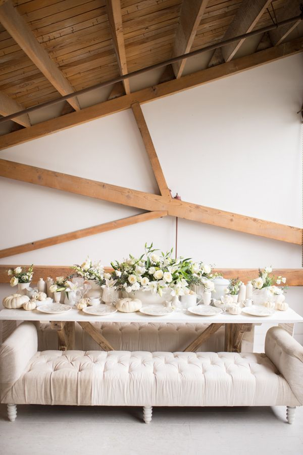 simply white wedding inspiration - photo by Studio EMP http://ruffledblog.com/simply-white-wedding-inspiration