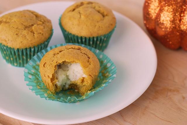 muffins pumpkin gingerbread muffins nuts pumpkin gingerbread muffins ...