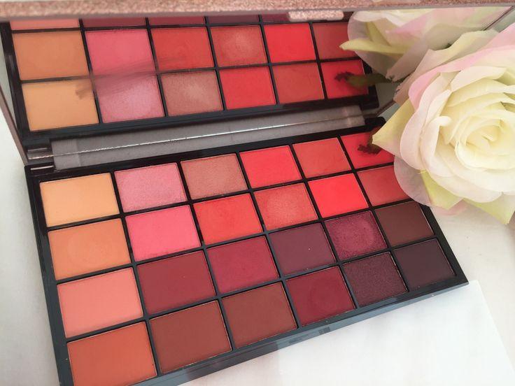 Hallo Schönheiten, ich habe kürzlich die Makeup Revolution, Lift on the Dancefloor ausprobiert …   – Make up