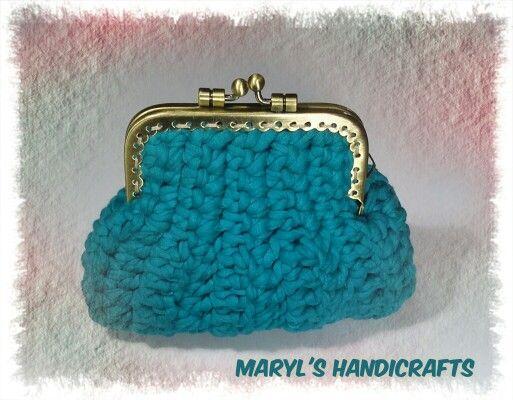 Crochet purse. Find it on Facebook : MaryL's Handicrafts  Χειροτεχνήματα - Μαίρη