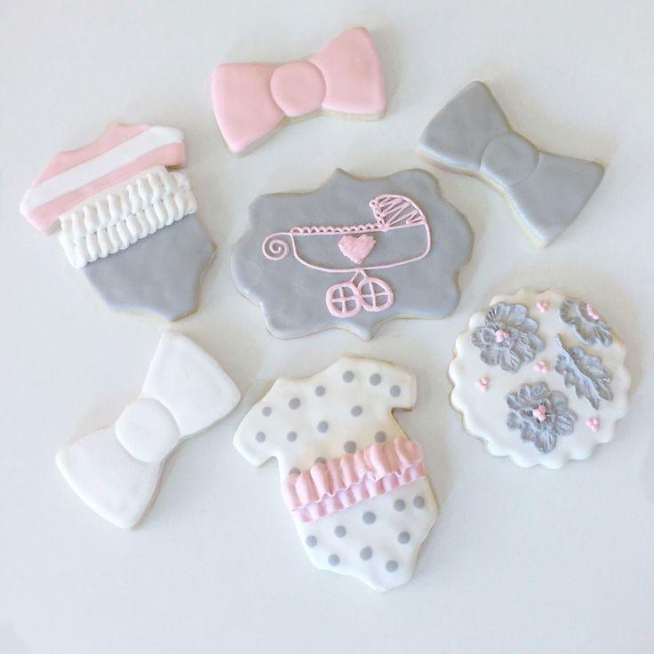 Custom Baby girl Shower @sugarlovecookiesdesigns FB sugar love cookie designs