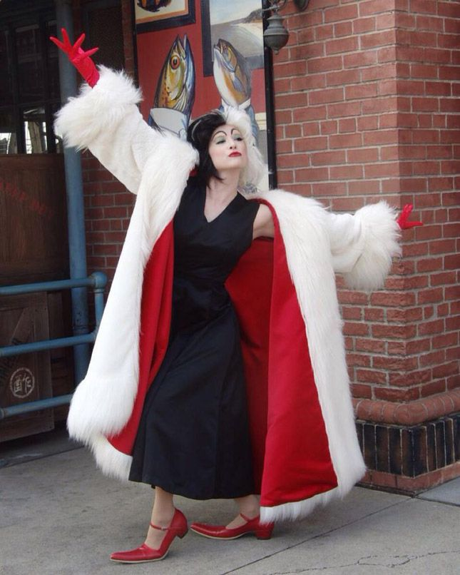 Channel Cruella de Vil with an oversized coat, red vintage flats and some wicked eye makeup.