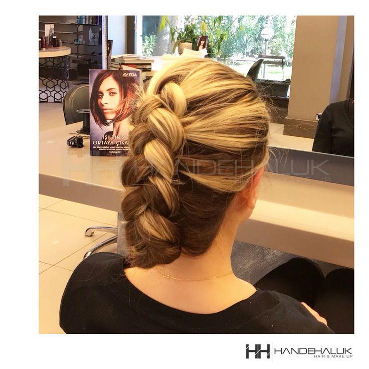 Balyajların örgülerde kendini daha da iyi gösterdiğini unutmayın!  Güzel bir hata sonu dileriz…  #HandeHaluk #ulus #zorlu #zorluavm  #zorlucenter #hair #hairstyle #hairoftheday #hairfashion #hairlife #hairlove #hairideas #hairsalon #hairstylists #hairinspiration #hairtrends #inspiration #HandeHalukAveda #Avedacolor #Avedahair #Avedahaircare #Avedahairstyle #braidstyle  #braid #braidideas