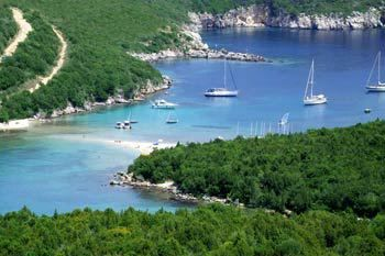"""Piscina There are numerous coves and beaches between the 3 isles of Sivota, but the most famous is """"Piscina"""",swimming pool in Greek, which has amazing clear blue water.       Zerri Zerri Beach is further on from"""