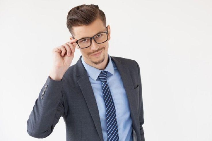 Tips Memilih Kacamata Untuk Pengantin Pria Tampil Menawan