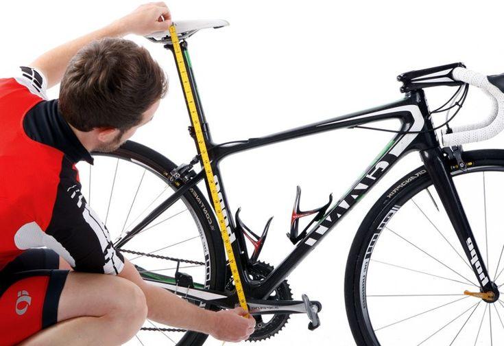 Ajustar el sillín de la bicicleta es muy sencillo, aquí tienes una guía que te va a ayudar a encontrar la posición ideal y evitar incomodas lesiones