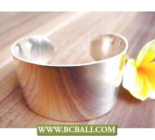 Shine solid bangle cuff silver bali