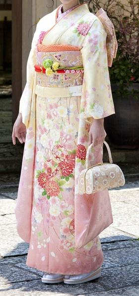 beautiful Japanese kimono dress, love :)